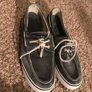 Women's like new sperrys